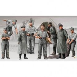 TRUMPETER German Artill....