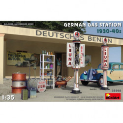 MINIART German Gas Station...