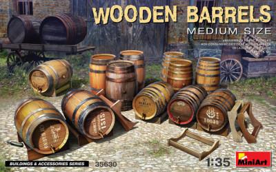 MINIART Wooden Barrels...