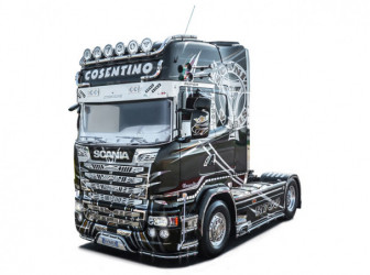 ITALERI Scania R730 Streamline