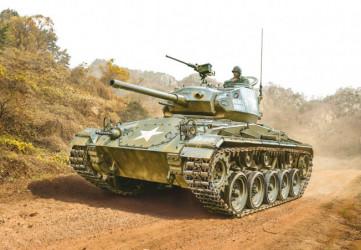 ITALERI M24 Chaffee Korean War