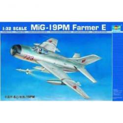 TRUMPETER MiG-19PM Farmer E